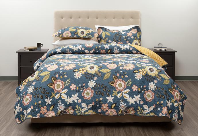 Amita Cotton Quilt Set